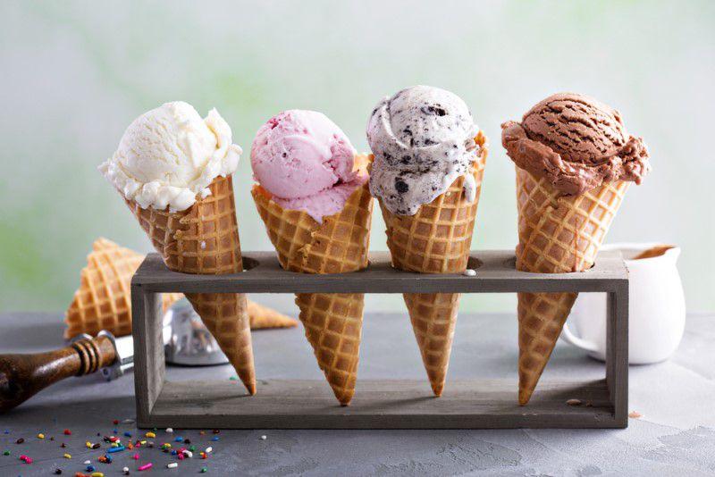 Zmrzliny v kornútku